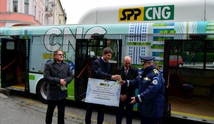 Ekologický autobus na CNG vBratislave