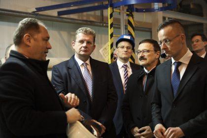 Dodávky elektrickej energie, plynu apohonných látok sú na Slovensku zabezpečené