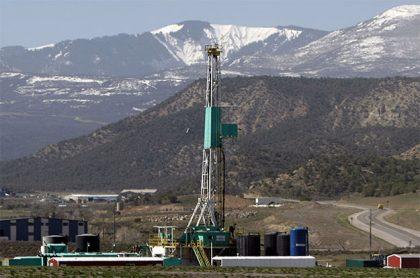 Joe Biden sa napriek predvolebným sľubom rozhodol odstaviť zemný plyn