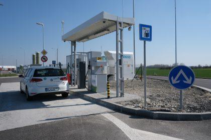Dotácie pri kúpe plynových vozidiel, výstavbe plniacich staníc čizníženie spotrebnej dane podporia g-mobilitu vSR, tvrdia odborníci