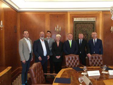 Slovenské spoločnosti aasociácie podpísali Memorandum opodpore plynovej mobility