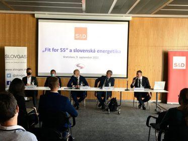 """R. Hajšel: Najväčším kameňom úrazu balíka """"Fit for 55"""" sa javí zavádzanie nového systému ETS do sektora budov acestnej dopravy"""